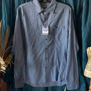 Men's slim fit blue long sleeve button up shirt